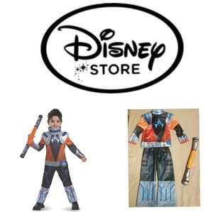 Miles Chrome. Miles Of Tomorrowland Costume 7/8